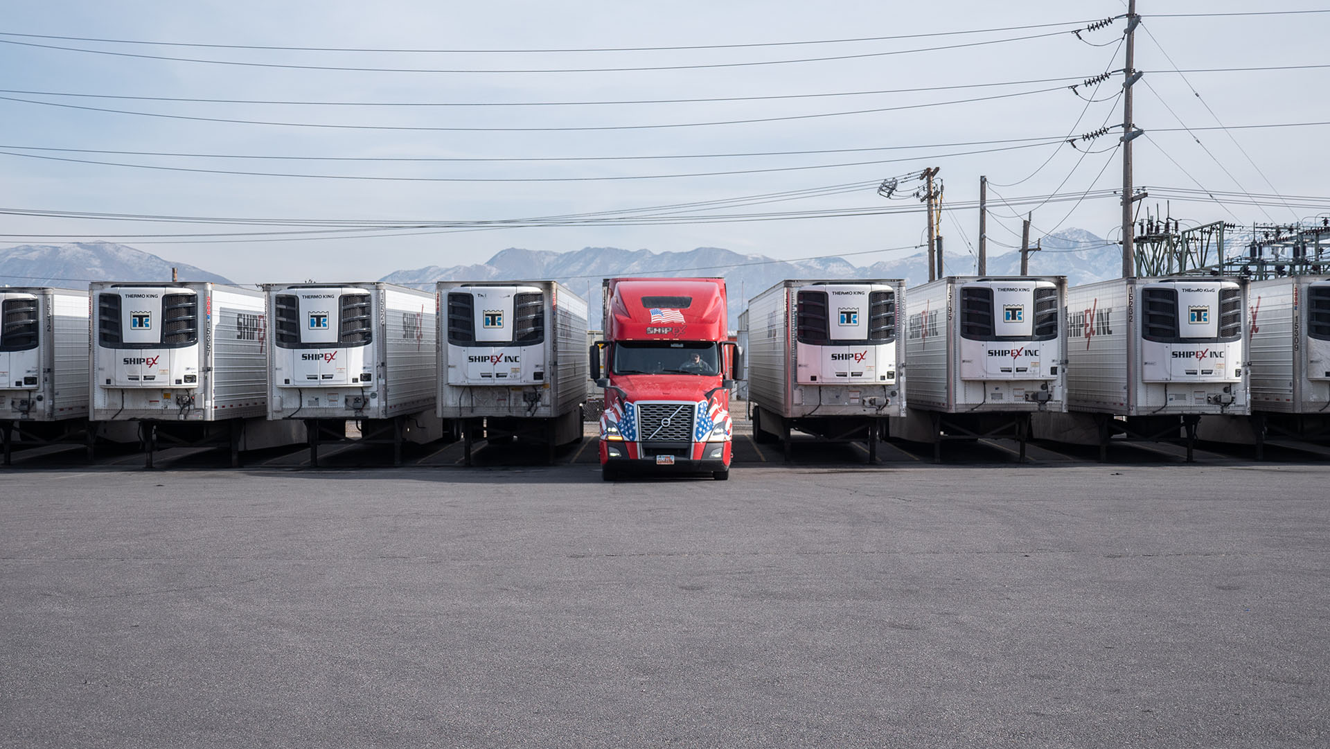 6 Ways Truckers Can Deal with Loneliness on the Road